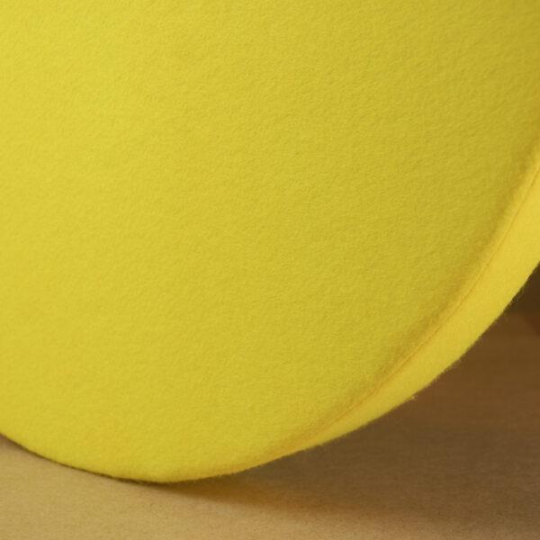Detailansicht eines runden Absorbers von der Seite