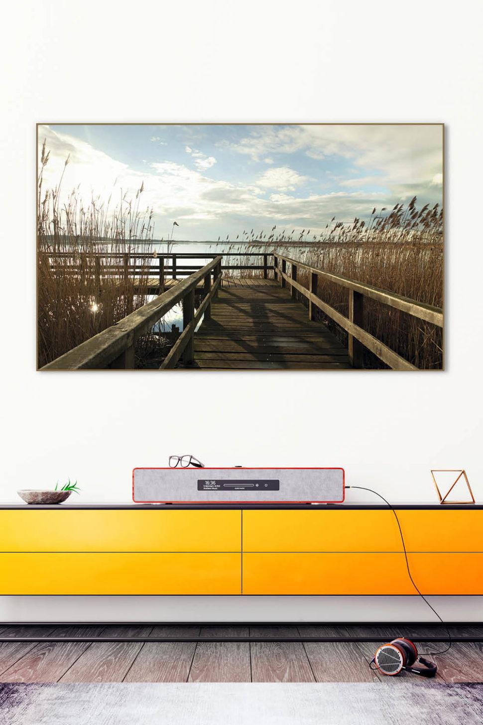 Schallabsorber für die Wand mit Akustikbild in Echtholzrahmen